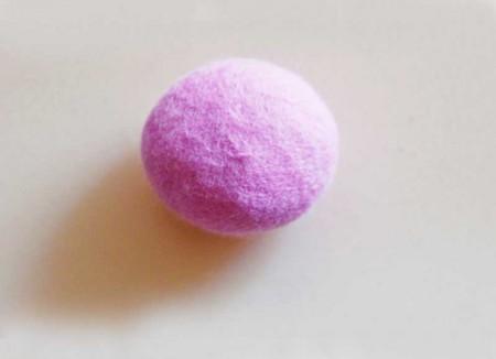 Quietschie Ball bonbonrosa