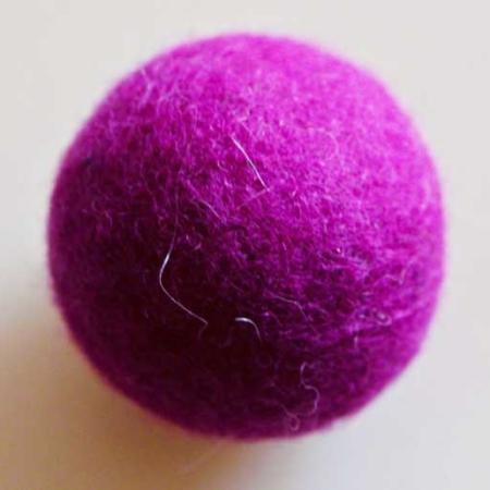 Rasselball dunkelviolett