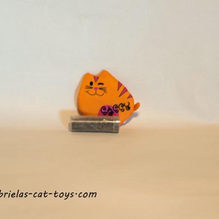 sassy mit katzenminze